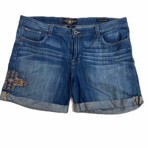 Lucky Brand Ginger Shorts size 18 Aztec cross